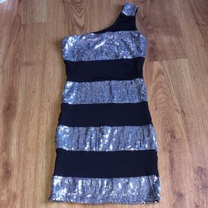 Arden B silver Sequin One Shoulder Dress S
